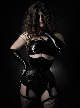Photo by Edward Saenz, corset by Dark Garden, modeled by Euphrates X